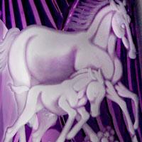 色被せ花瓶「親子の馬」